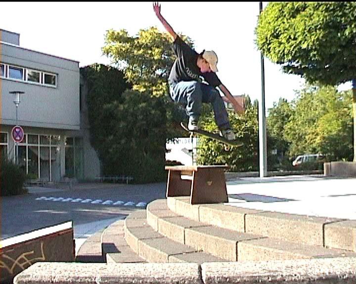 Fluchtpunkt skateboarding das skateboard szene video f r for Action darmstadt